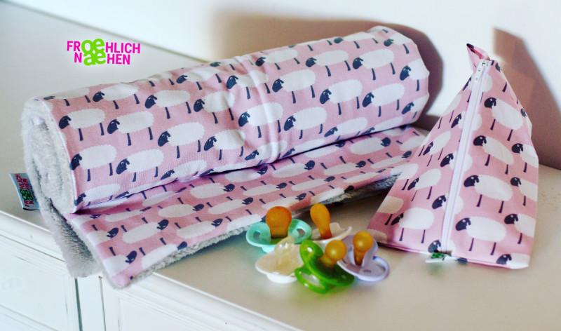 Kleine Babydecke / Kuscheldecke / Decke zum Stillen