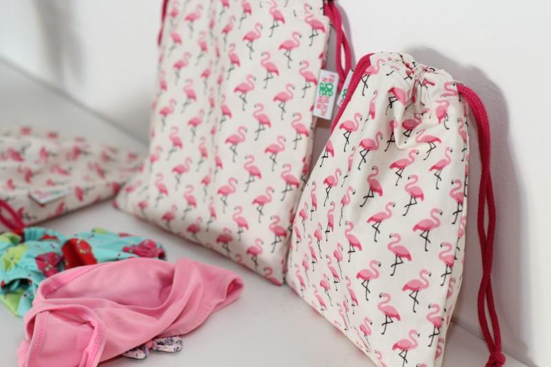 Badebeutel Flamingos Schwimmbeutel Pink Totale seitlich