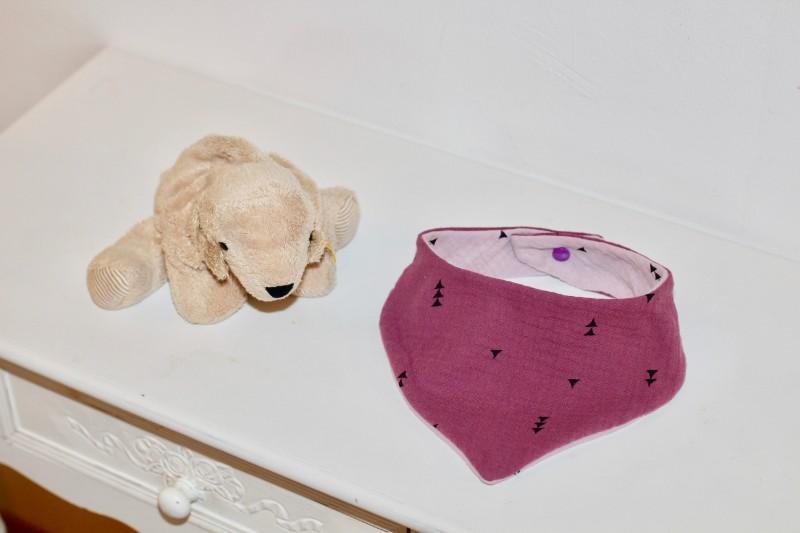 Kleinkind Dreieckstuch mit Druckknopf lila rosa zum Wenden