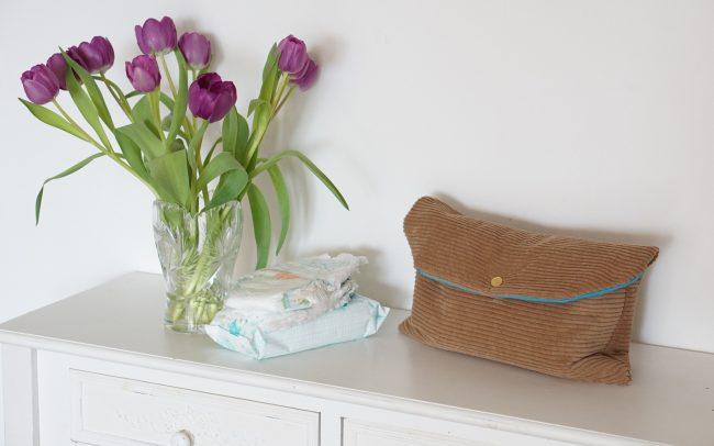 Wickeltasche Windeltasche Nappy Bag Breitcord Carmel Blau geschlossen mit Druckknopf