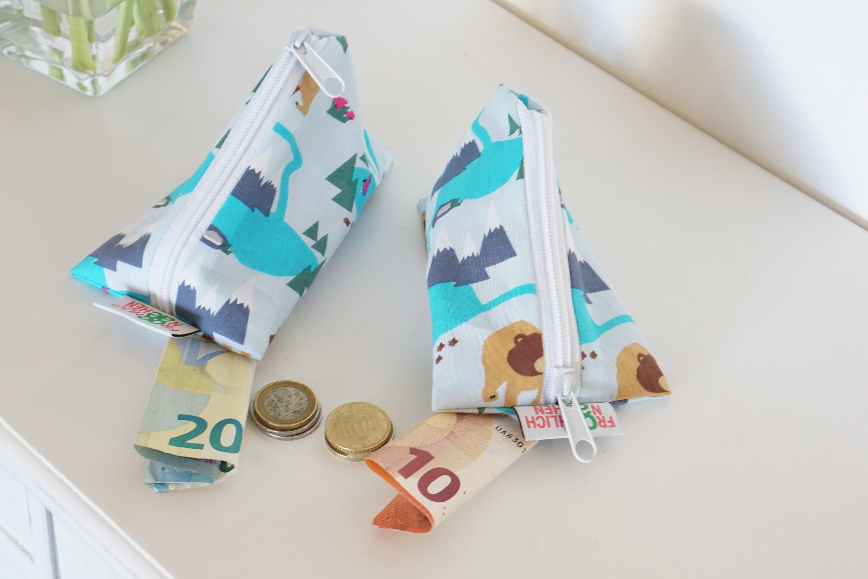 kleine Dreieckstasche Schlüsselanhänger Pflaster Globulin Geldgeschenke Babyboy Eislandschaft Bär